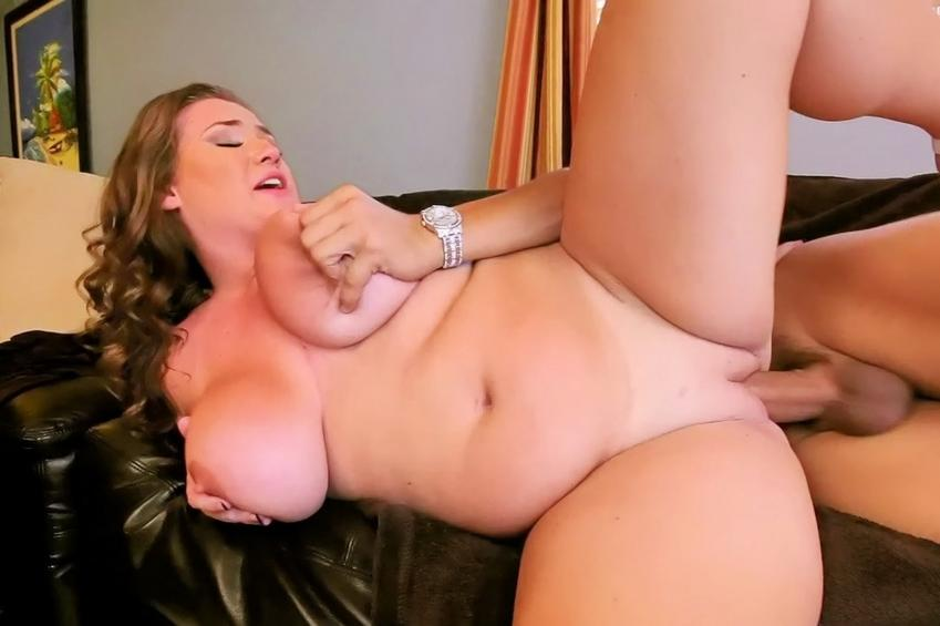 Ex playing with her pussy nude