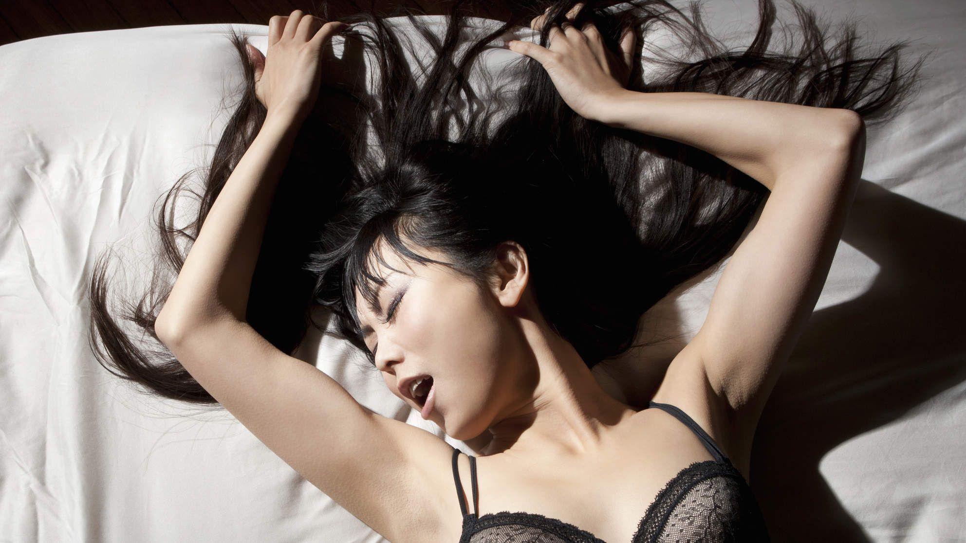 Wife swinger nude