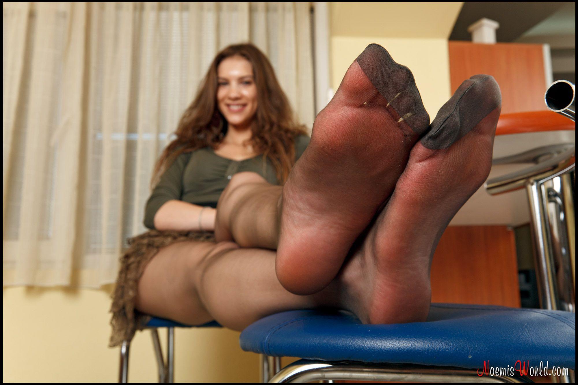 Beginner anal position