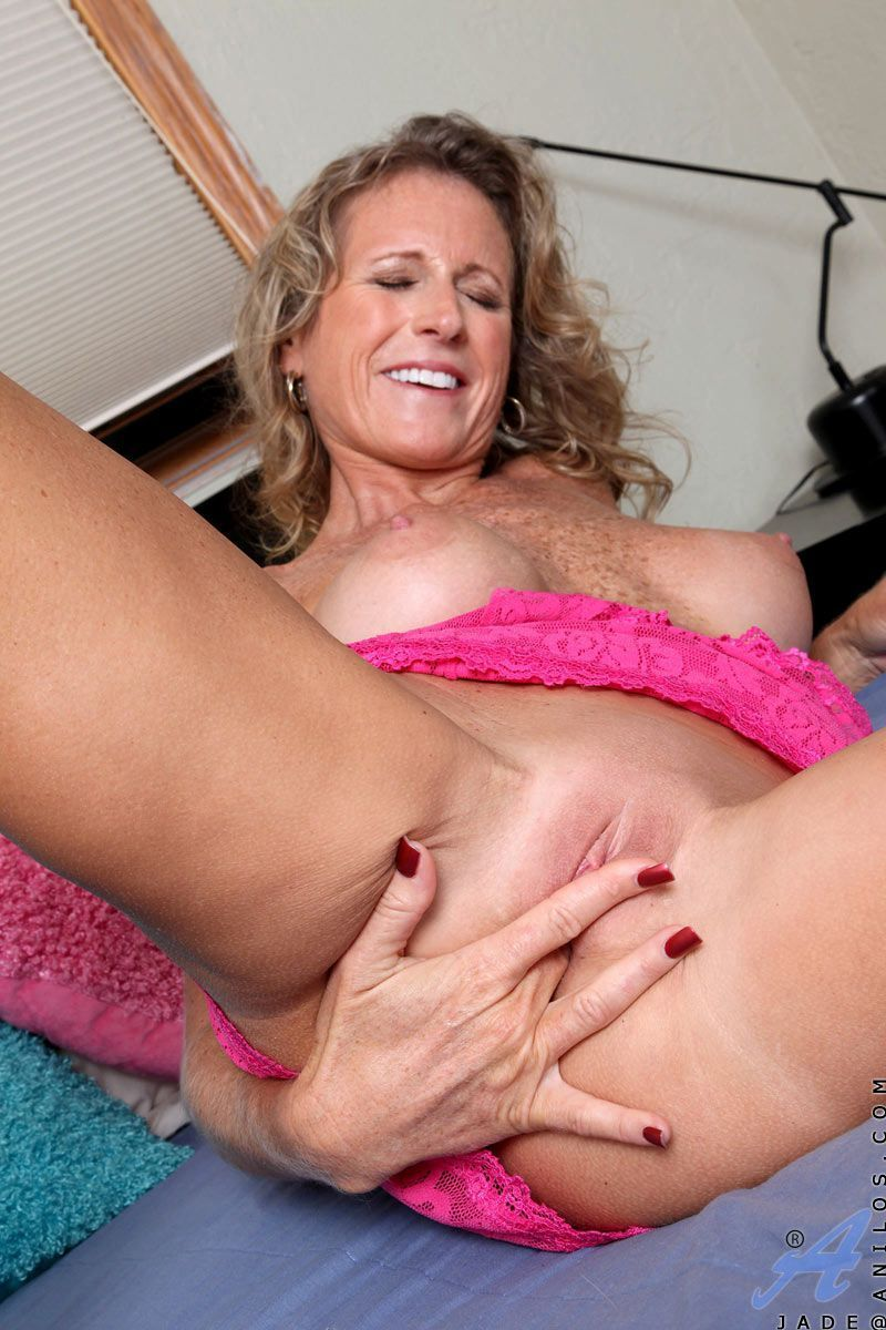 3some in story wife
