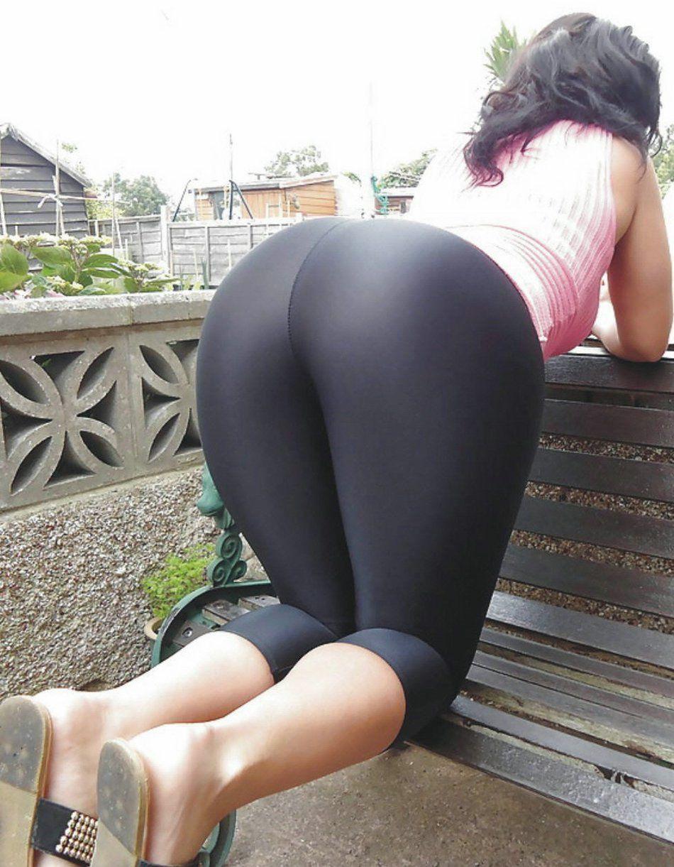 Hot Cheerleader Yoga Pant Porn