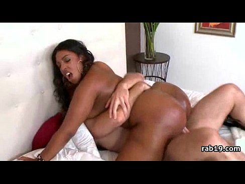Thick girls nude pics short