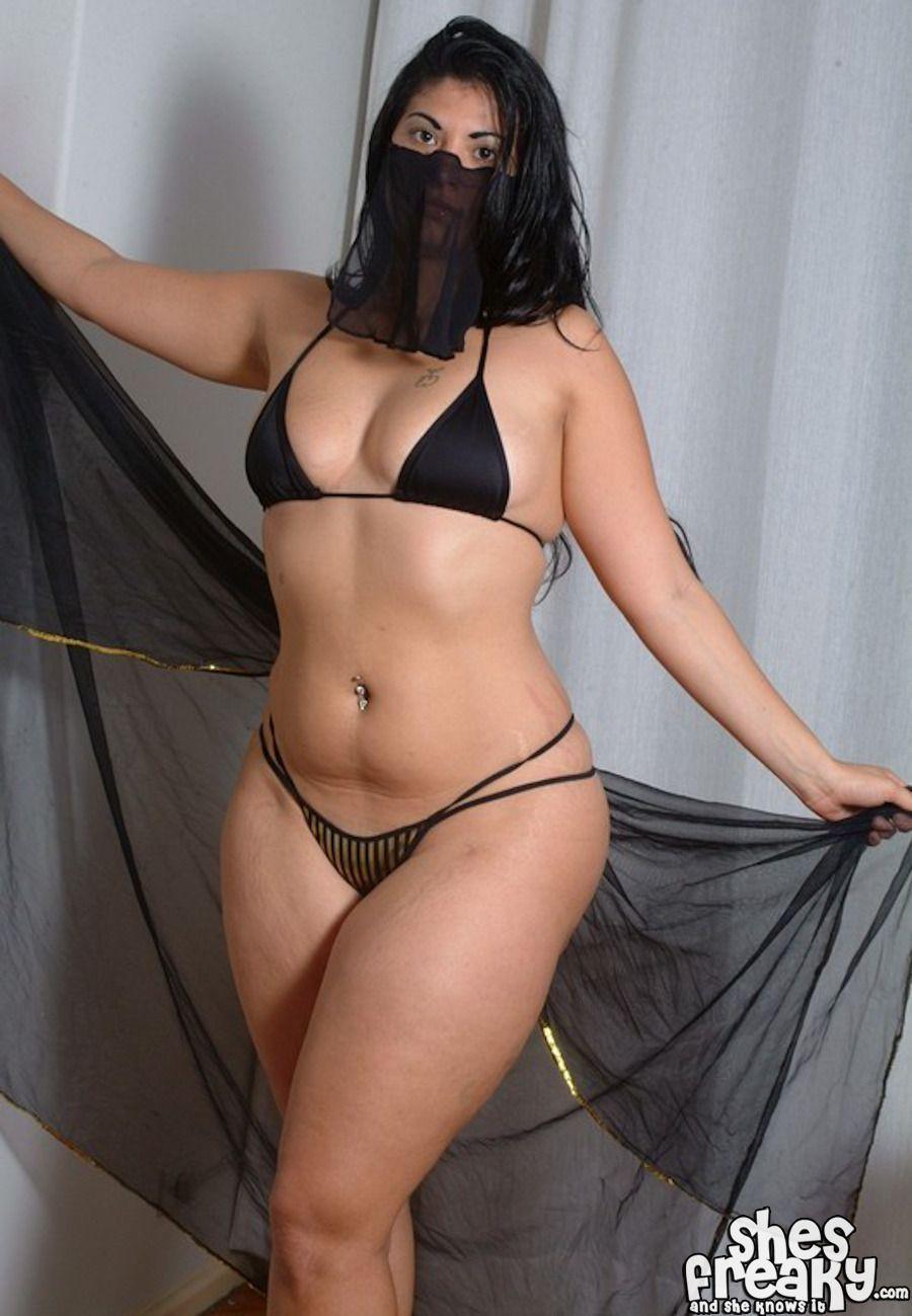 Page hannah nude
